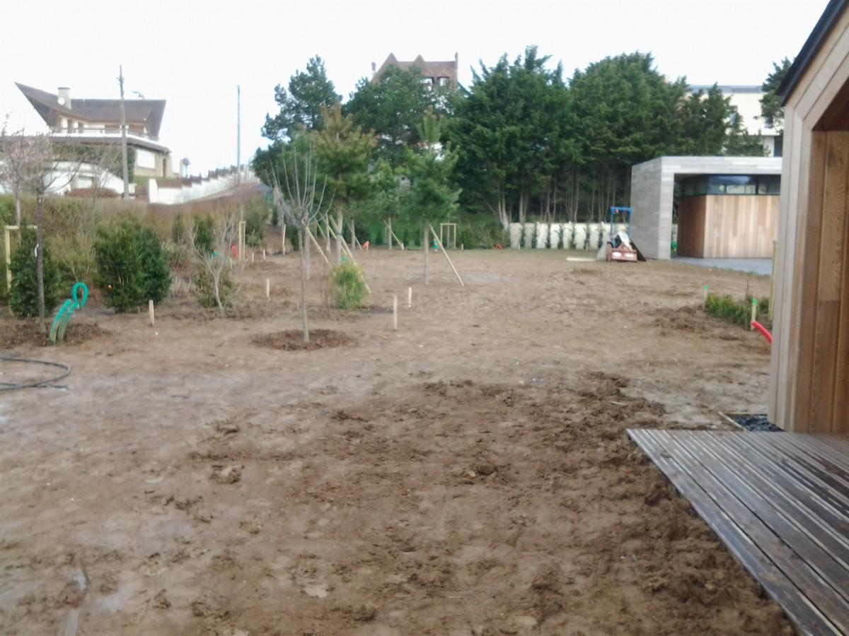 Am nagement de jardin deauville jardin normand for Amenagement jardin 2 niveaux